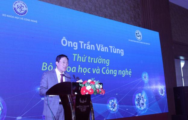 Thứ trưởng Trần Văn Tùng phát biểu tại Diễn đàn.